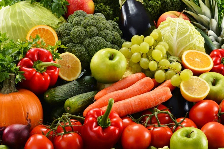 Eating more fruit and vegetables linked to better mental well-being – new study